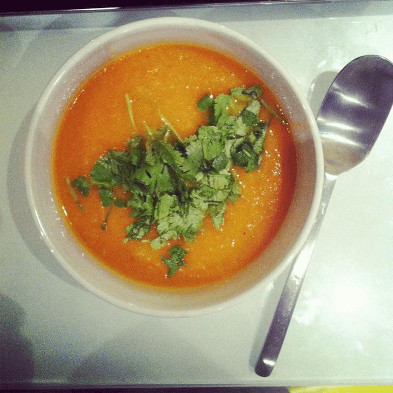 индийский морковный суп-пюре