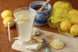 найстойка из лимона